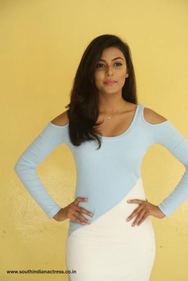 Anisha Ambrose At Fashion Designer So Ladies Tailor Interview 284 29 Dump 26 Dbpixer